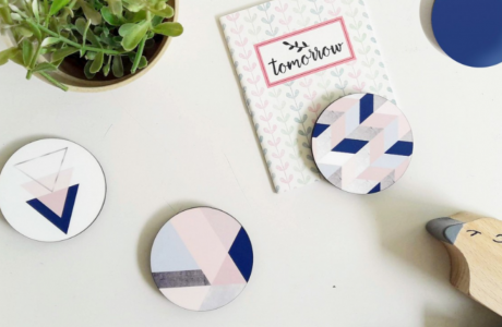 Wooden Fridge Magnet/Set of 4 Decorative Magnets/Button Magnets for your office