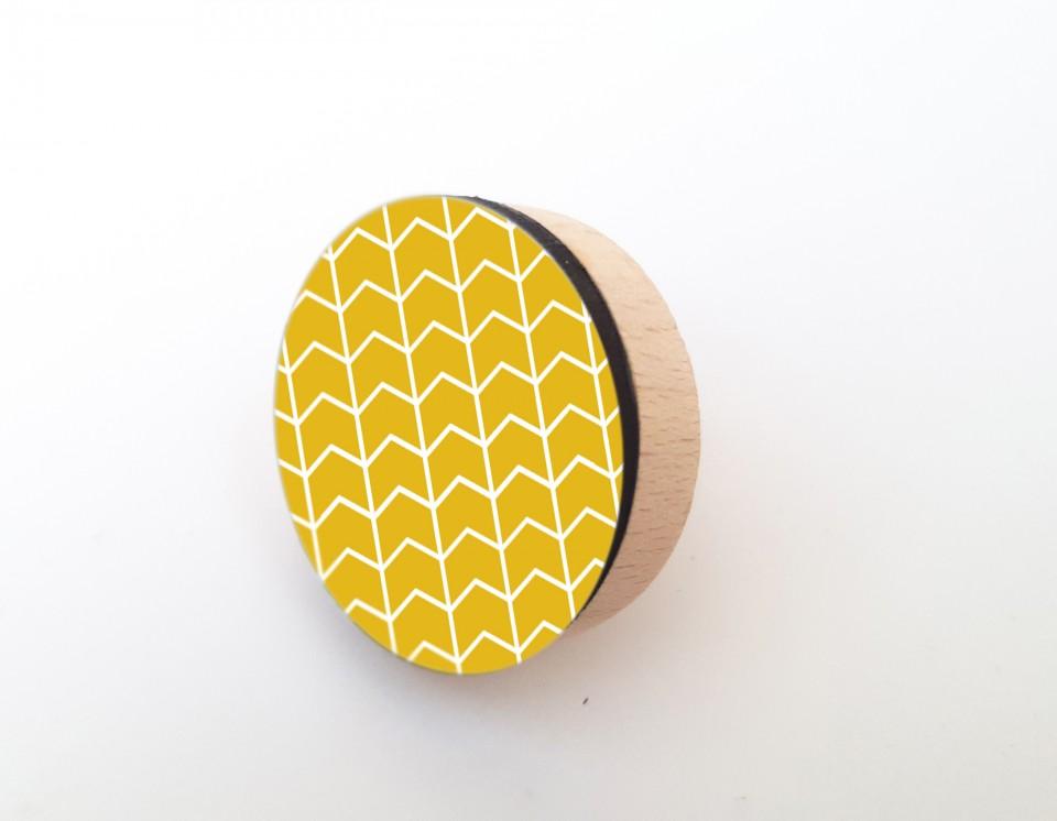 סט של ידיות מעוצבות בשחור לבן וצהוב/ידיות עץ בעיצוב מנימליסטי מתאימות לארונות, דלתות ומגירות