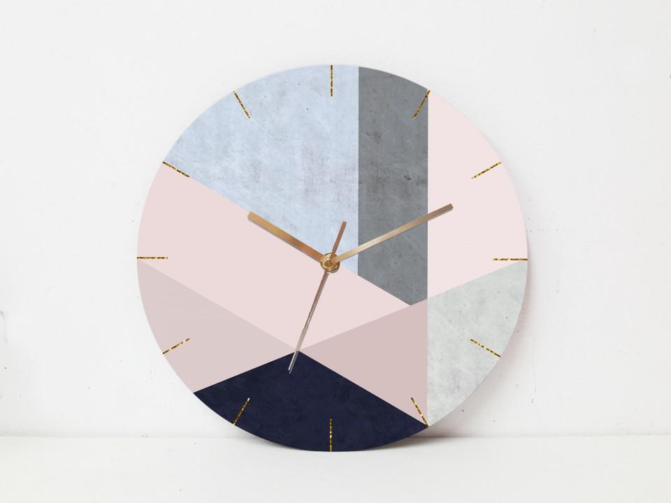שעון קיר גדול בעיצוב גאומטרי/שעון עגול בסטייל סקנדינבי בגווני ורוד מעושן וכחול /שעון מעוצב לבית