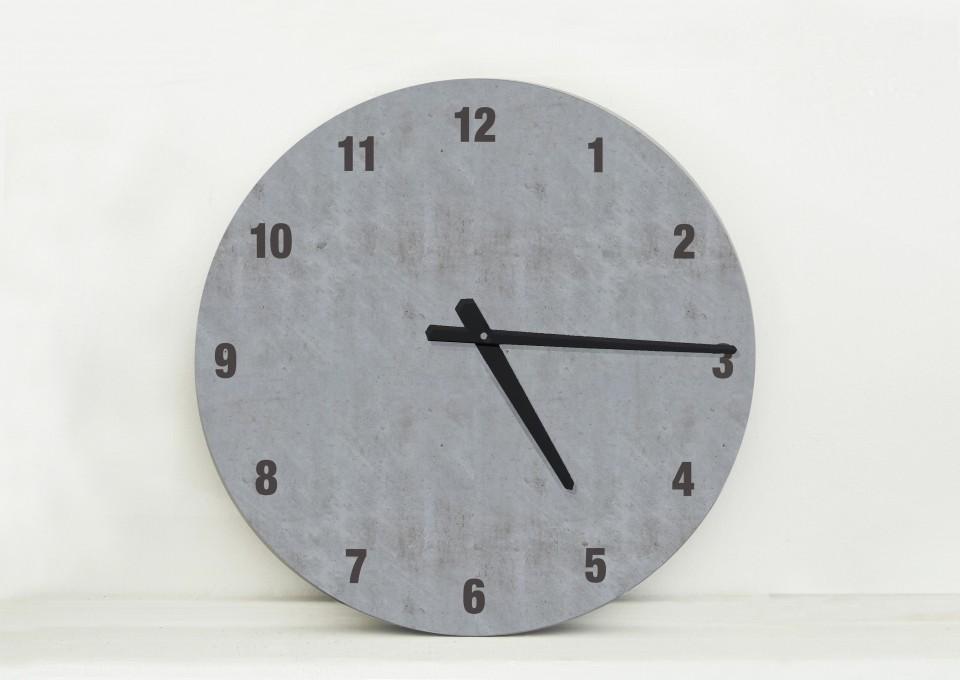 שעון קיר בעיצוב מנימליסטי/שעון קיר גדול לסלון/ שעון במראה בטון/שעון קיר למשרד/ שעון למטבח