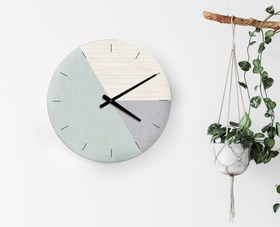שעון קיר בעיצוב נורדי בהדפס משולב דמוי עץ ובטון /שעון דקורטיבי לפינת עבודה/שעון קיר למטבח