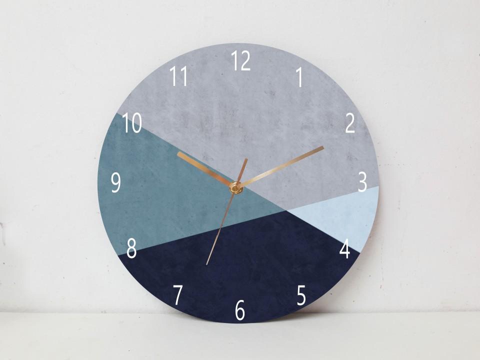 שעון קיר בעיצוב מודרני/שעון עץ עגול גדול/ שעון דקורטיבי  לסלון/שעון קיר למשרד/ שעון דמוי בטון