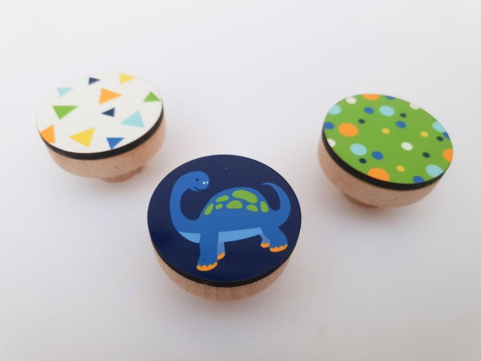 ידיות מעוצבות לשידת החתלה/לחדר של ילד/ידיות עץ לארון ילדים ולמגירות/דינוזאורים