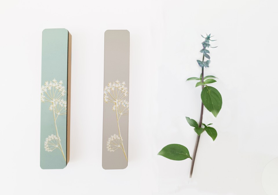 מזוזה בעיצוב חדשני לכניסה לבית/בית מזוזה במראה עכשוי/יודיאיקה מודרנית