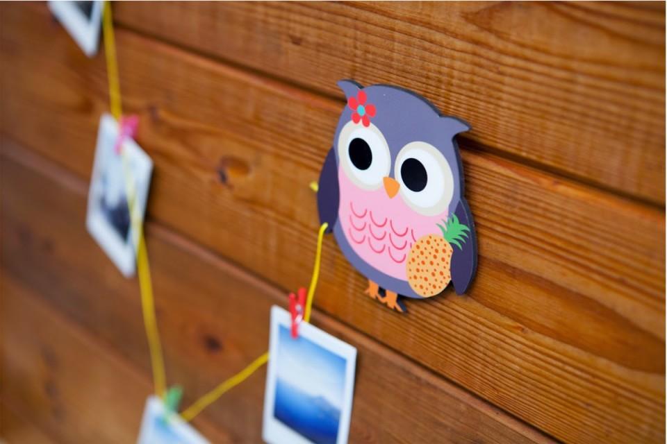 מתלה לציורי ילדים/מתנות לימי הולדת בגן/מתנות לסוף שנה בגן